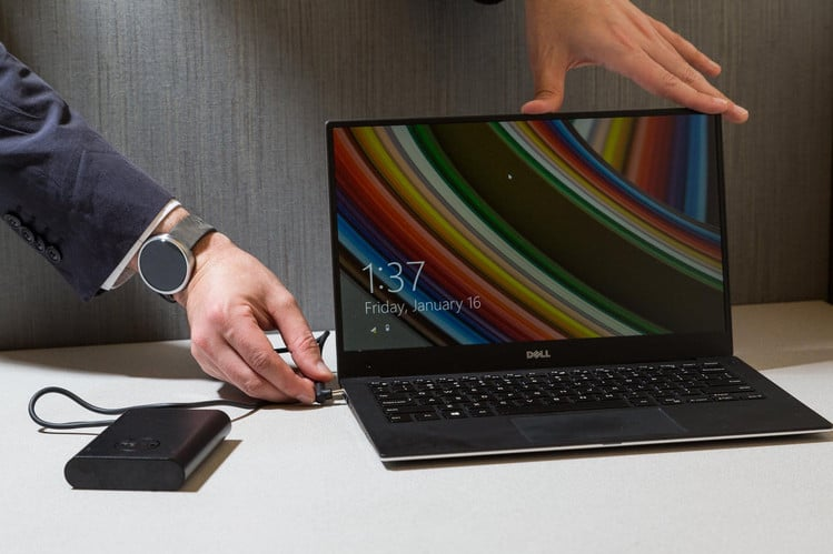 battery helps extend the battery life of the Dell